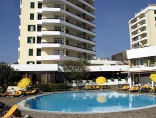 Duas Torres Hotel
