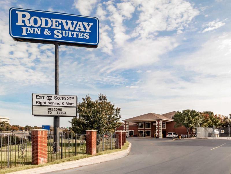 Rodeway Inn & Suites East /I-44 - Tulsa, OK 74128
