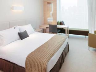 Crown Promenade Hotel Melbourne - Guest Room