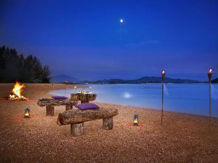 Vivanta by Taj - Rebak Island Resort Langkawi - Crystal Beach
