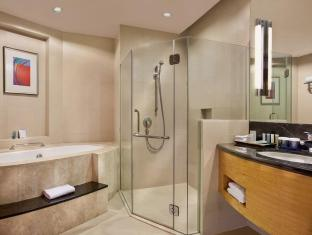 Crowne Plaza Manila Galleria Hotel Manila - Bathroom