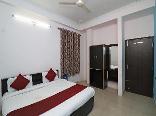 OYO 22954 Hotel Moonlight Алвар
