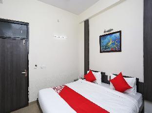 OYO 16103 Hotel Neelkanth Алигарх