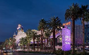 ➦  Caesars Entertainment Corporation    customer rating