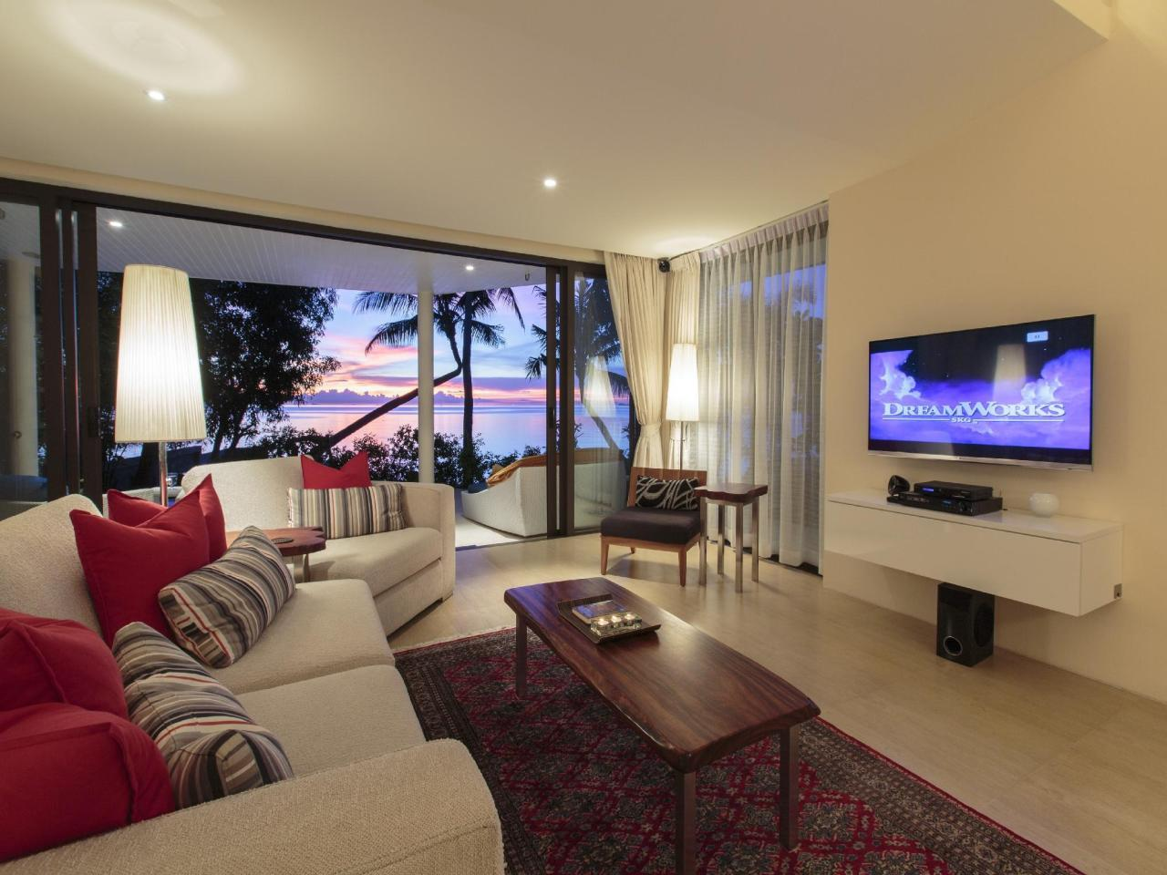 เดอะ บีช เฮาส์ วิลลา (The Beach House Villa)