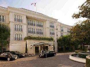 ➦  Peninsula Hotels    (California) customer rating