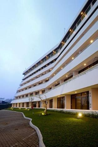 Surya Hotel and Cottages Prigen