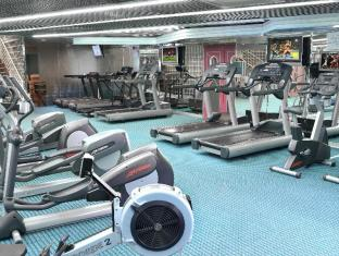 Regal Riverside Hotel Hongkong - Fitnessrum