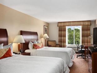 room of Hilton Garden Inn Chicago/Oakbrook Terrace