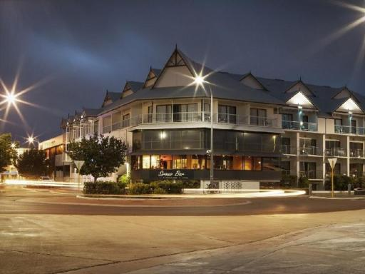 Best guest rating in Geraldton ➦ Ibis Styles Geraldton Hotel takes PayPal