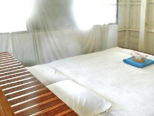 booking Ayutthaya Baan Naiampheu Guesthouse hotel