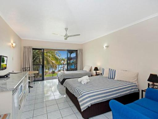 Hinchinbrook Marine Cove Motel hotel accepts paypal in Ingham