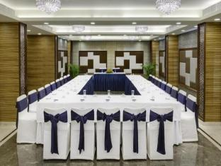 The New Kenilworth Hotel-Kolkata Kolkata - Ballroom