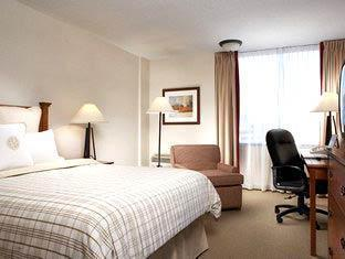 Four Points by Sheraton Toronto Airport Toronto (ON) - Gueen Room