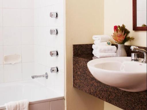 ➦  Rydges Hotels & Resorts    customer rating
