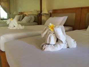 Febri's Hotel & Spa Bali - Towel Set-up
