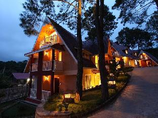 The Pinewoods Hotel