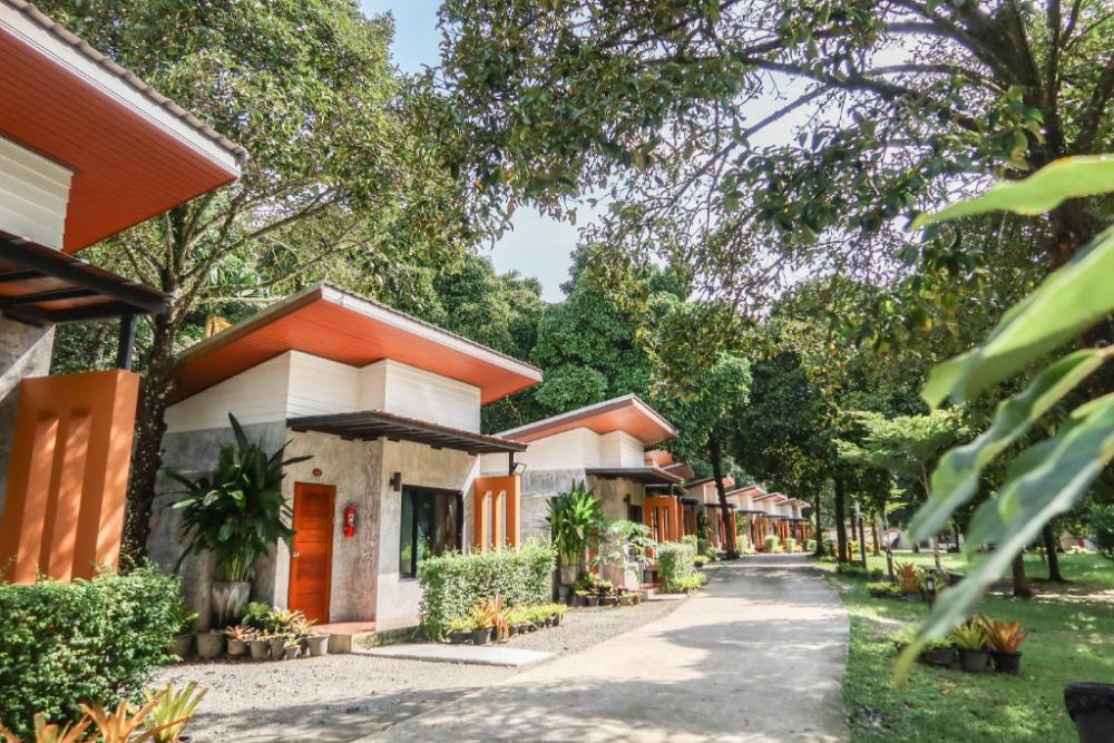 Baan Klang Suan Resort