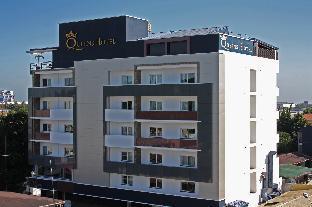 Queens Hotel1