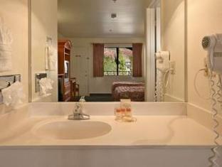 Days Inn Hotel Sedona (AZ) - Bathroom