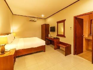 Yulia Beach Inn Hotel
