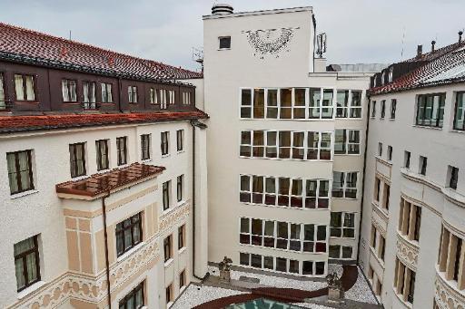 Kempinski Vier Jahreszeiten Hotel PayPal Hotel Munich