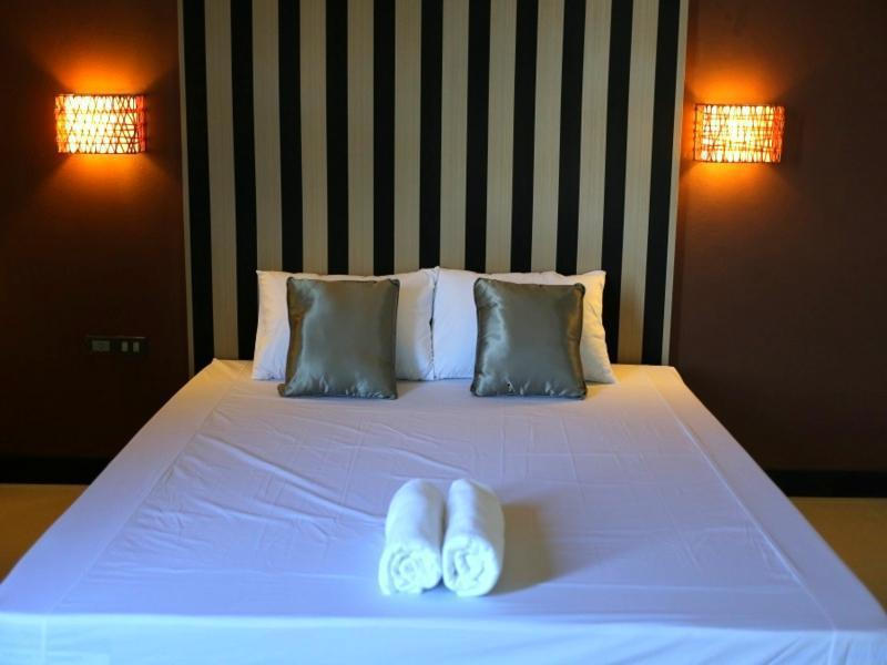 Best PayPal Hotel in ➦ Khao Hin Son: