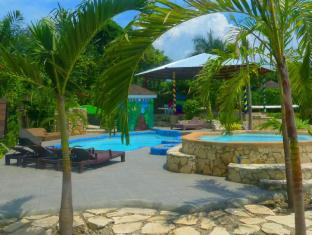 Alta Cebu Resort Mactan Island - Swimmingpool