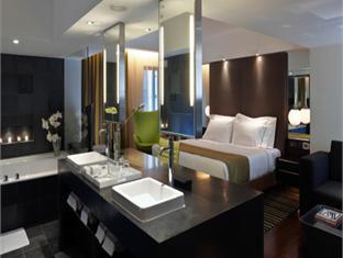 The Mira Hotel guestroom junior suite