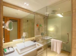 GRT Grand Hotel Chennai - Bathroom