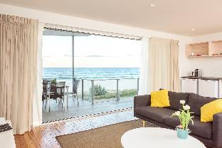 Review Sandbox Apartments Gold Coast AU