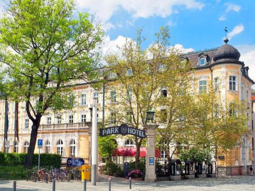 Best guest rating in Regensburg ➦ Brauereigasthof Stanglbraeu takes PayPal