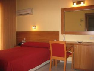 Hotel Ideal – Athens 2