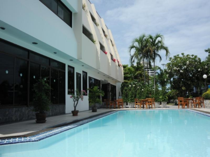 邦桑别墅酒店,โรงแรมบางแสน วิลลา