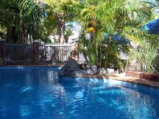Palm Valley Motel best deal