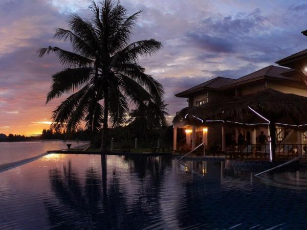 泰国春蓬萨拉度假村(Sara Beachfront Boutique Resort)