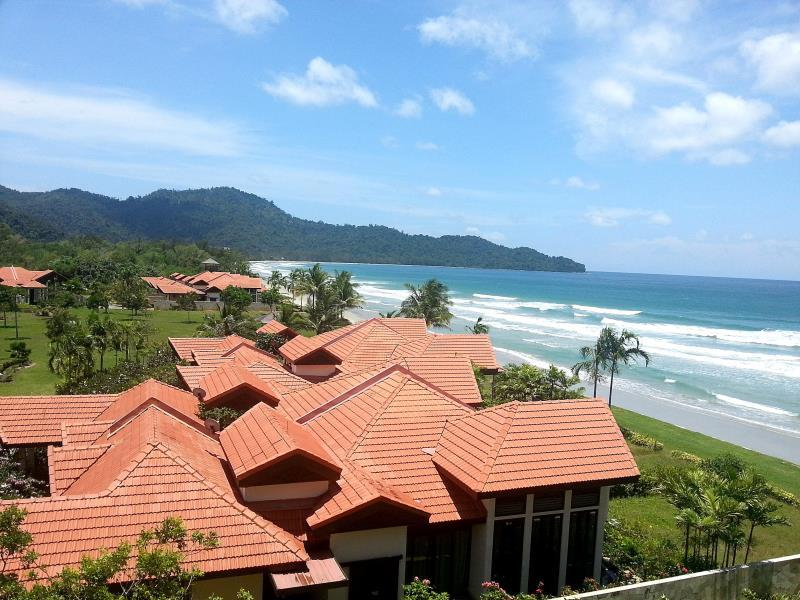 Borneo Beach Villas1