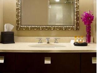 Hotel 71 Wyndham Affiliate Chicago (IL) - Bathroom