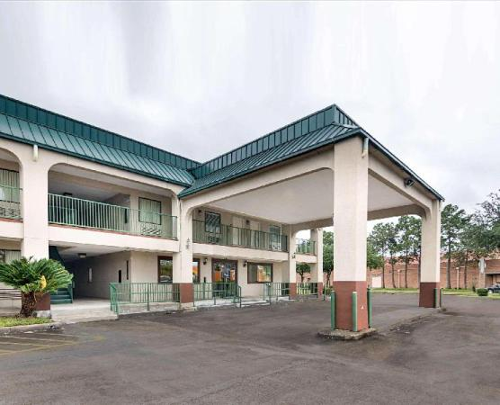 Rodeway Inn and Suites Hwy 290 NW Houston