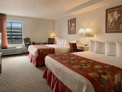 ➦  Wyndham Hotels & Resorts    (Utah) customer rating