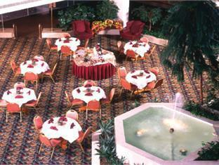 Best Western Royal Plaza Conference Center Hotel Fitchburg (MA) - Ballroom