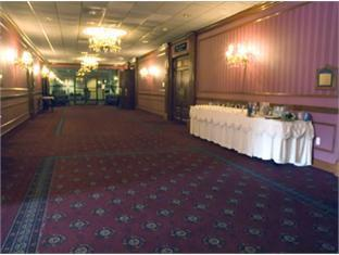 Best Western Royal Plaza Conference Center Hotel Fitchburg (MA) - Lobby