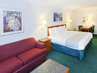 la quinta inn suites lubbock west medical center lubbock. Black Bedroom Furniture Sets. Home Design Ideas