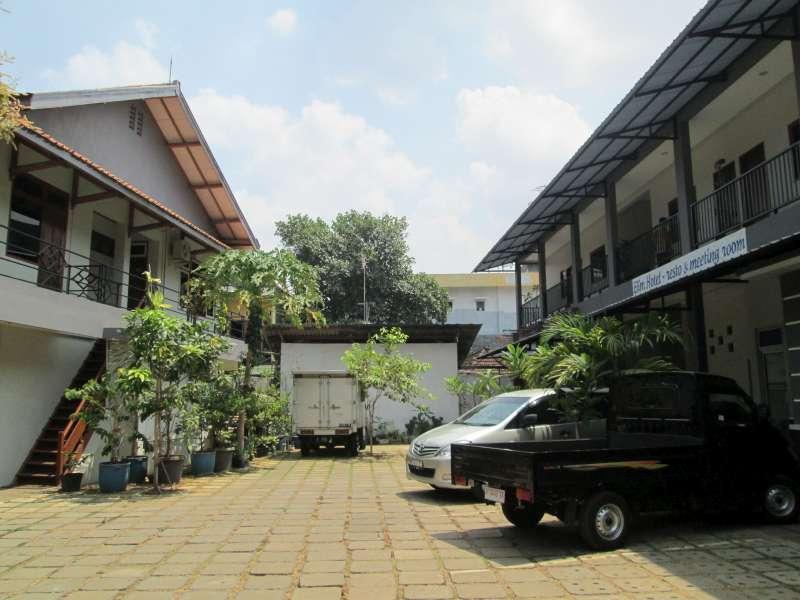 Hotel Hotel Elim - Jl. Dr. Sutomo No. 13 - Jepara