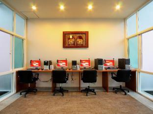 Kata Lucky Villa & Pool Access Phuket - Internet Center