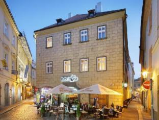 Savic Hotel Prague - Villa