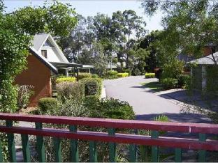 Waratah Family Resort Cottage PayPal Hotel Lake Macquarie
