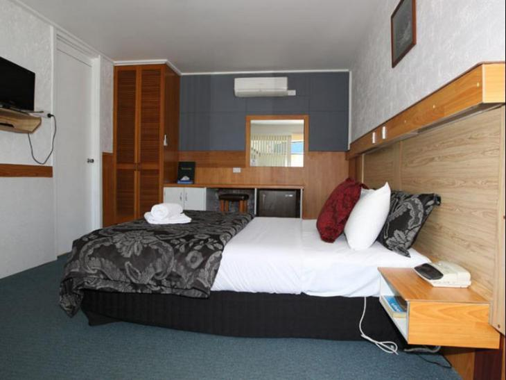 Golden Leaf Motel photo 4