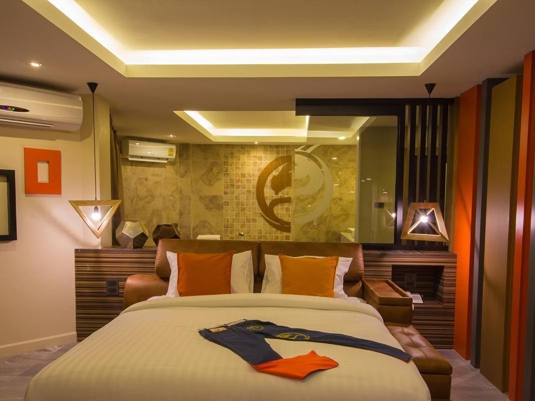 Dragon River Avenue Hotel,โรงแรมดราก้อน ริเวอร์ อเวนิว