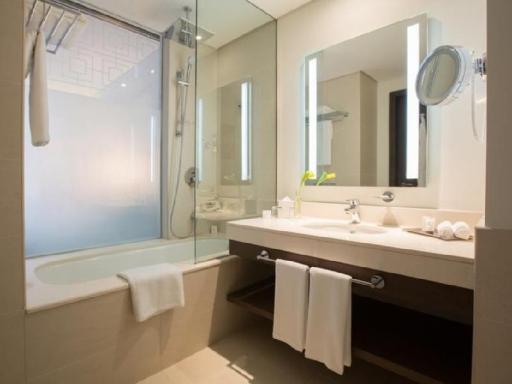 ➦  Millennium & Copthorne Hotels    (Fujairah) customer rating
